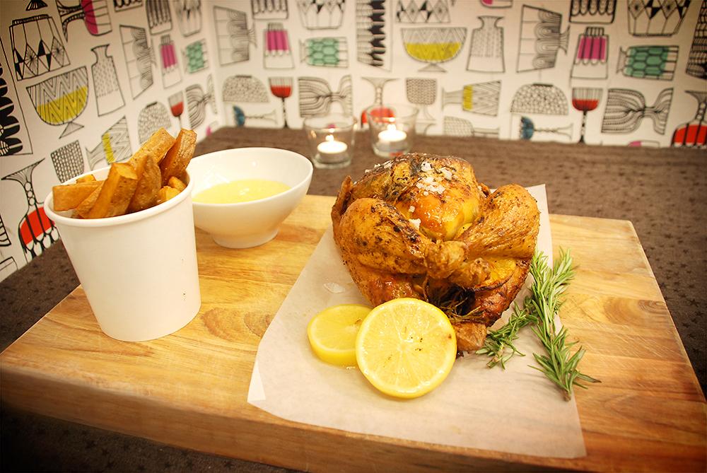 Grillad kyckling fylld med gravad citron och rosmarin