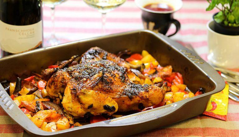 Jamie Oliver-inspirerad hel kyckling med harissa & färsk mynta
